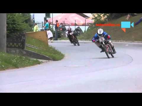 15.ročník Moped Rally Rychtářov- mopedy to pěkně klopí v zatáčkách
