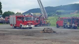 Menschenrettung und Feuer löschen: Feuerwehrtag in Ovenhausen mit viel Programm