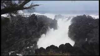 Vagues impressionnantes au Gouffre - La Réunion