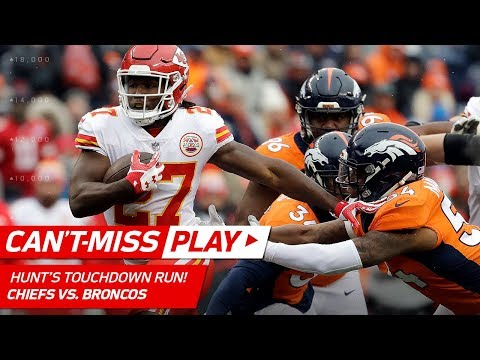 Video: Patrick Mahomes' Big Arm on 3rd Down Sets Up Kareem Hunt's TD! | Can't-Miss Play | NFL Wk 17