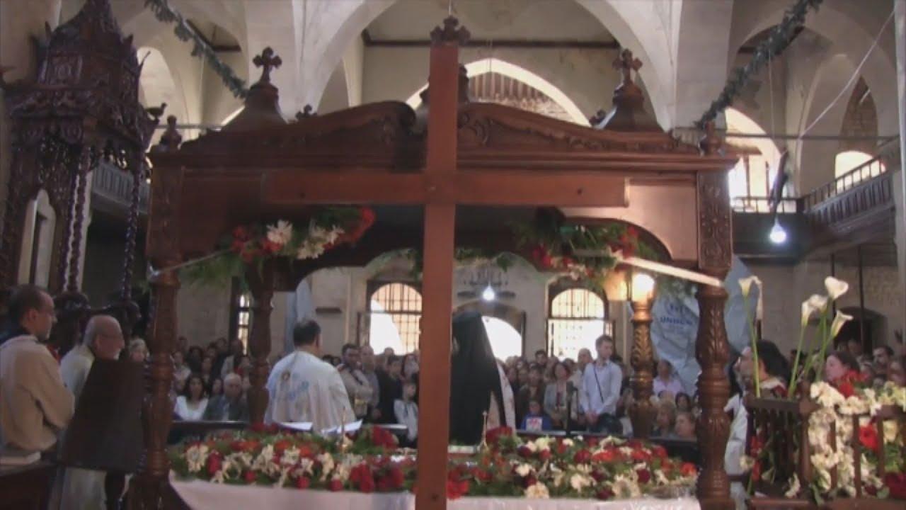Xριστιανοί στο Χαλέπι μετά από οκτώ χρόνια πολέμου στην λειτουργία των Πάθων