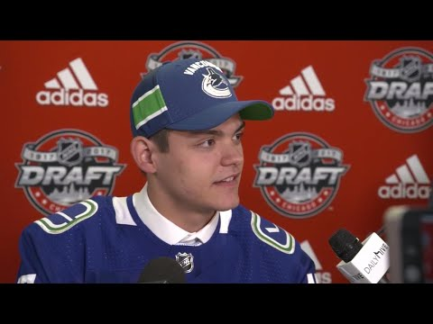 Video: DiPietro: Year of unpredictability with Memorial Cup win, joining Canucks