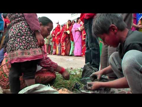 , title : 'Nepal 2011 - KTM - Holi'