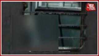 XxX Hot Indian SeX Mumbai Woman Captures Video Of Man Masturbating In A Train Mumbai Metro .3gp mp4 Tamil Video