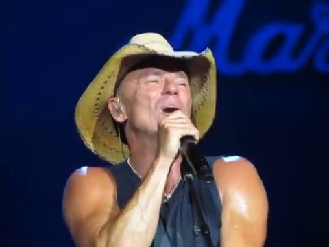 Kenny Chesney Somewhere With You 5-21-2016 Raleigh NC