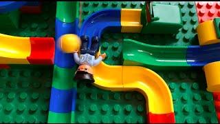 Video Kugelbahn mit Hubelino und Lego Duplo / Marble run with Hubelino and Lego Duplo MP3, 3GP, MP4, WEBM, AVI, FLV September 2018