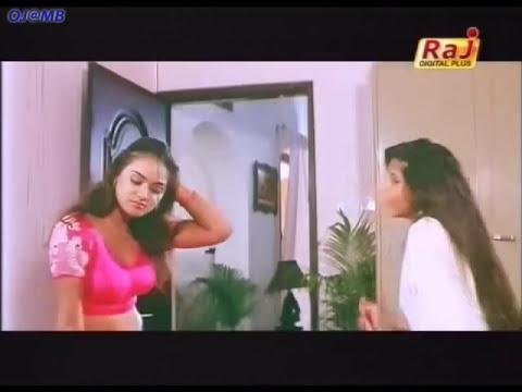 Simran wearing saree and navel show