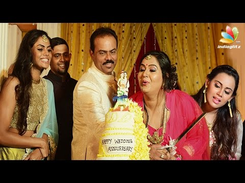Actress-Radha-25th-Wedding-Anniversary-Celebrations-Daughters-Karthika-nair-Thulasi