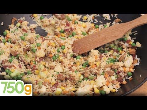 riz - Le vrai riz Cantonnais Chinois est un riz sauté simple avec seulement du riz et des œufs comme ingrédients principaux. Le riz cantonais en France comme on le...