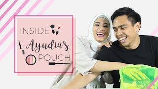 Video Inside Her Makeup Pouch: Ayudia Bing Slamet Feat. Ditto & Sekala! MP3, 3GP, MP4, WEBM, AVI, FLV Januari 2019