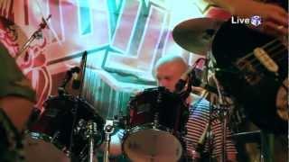 Шум - Get Away (Live @ 3ushi 25/11/2011)
