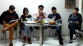 Nonton Sabtu Bersama Bapak    Reading Film Subtitle Indonesia Streaming Movie Download
