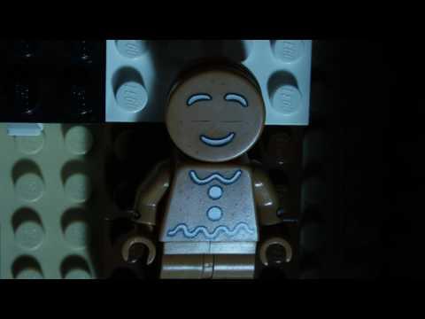 LEGO:  A Gingerbread's Worst Nightmare | LEGO Christmas Brickfilm