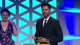 Nonton Hasan Minhaj  Homecoming King   77th Annual Peabody Awards Acceptance Speech Film Subtitle Indonesia Streaming Movie Download