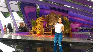 Yuni Shara - 50 Tahun lagi (INBOX_Live SCTV @Pulogadung Trade Center)