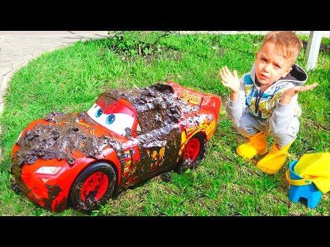 Nikita and Lightning McQueen Car Wash