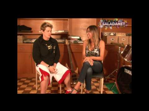 Maura Roth entrevista os cantores Jesse Hart e Drago