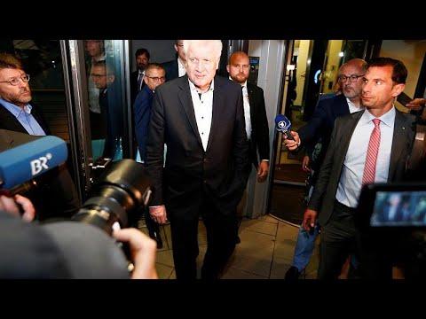 Γερμανία: Κατά της αποσταθεροποίησης της κυβέρνησης Μέρκελ το CSU…