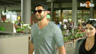 Aftab Shivdasani With Wife Return From Iifa Awards 2017.Click NOW  For the spiciest gossip updates :-http://goo.gl/vHrhfIts For Free !!!!