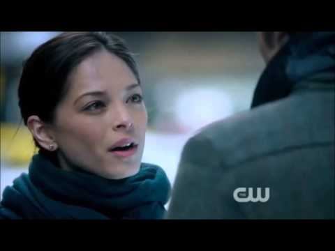 Beauty and the Beast 1.21 (Clip)