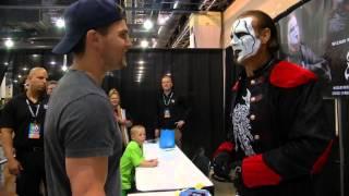 Arrow's Stephen Amell & WWE's Sting Meet!