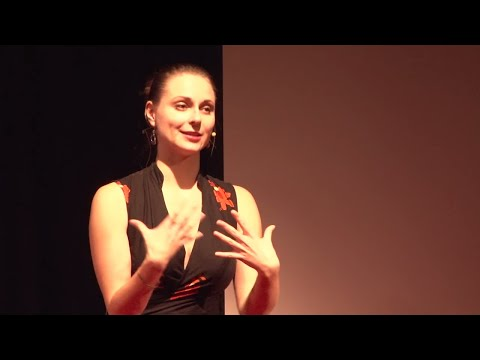 Rethinking group dynamics: How to be better together | Daria Vodopianova | TEDxUniMelb
