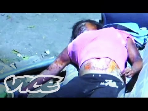 Violent - Alarma! magazine catalogs crime and violence in Mexico City, a town where a cop is killed almost everyday. Watch the rest here! Part 2: http://bit.ly/Alarma-...