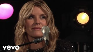 Grace Potter - Apologies (Live From CMT Studios)