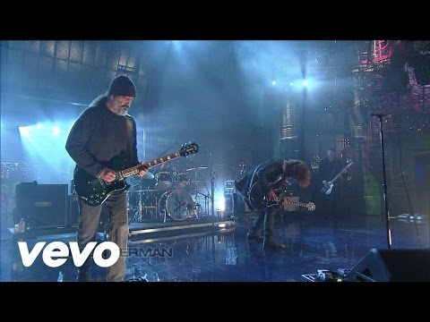 Soundgarden - Incessant Mace online metal music video by SOUNDGARDEN