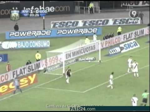 River Plate 1 - 2 Godoy Cruz (Clausura 2011)