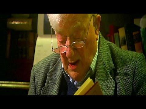 """""""Watership Down"""" author Richard Adams dies"""