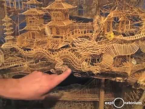 Удивителная сложная скульптура из зубочисток, построенная за 35 лет