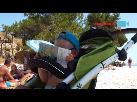 Krtek a kalhotky na pláži v Chorvatsku