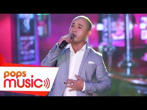 Chàng ca sĩ trình bày Gặp Nhau Làm Chi đặc biệt như tên của anh ấy - Bona - Thời lượng: 4 phút, 38 giây.