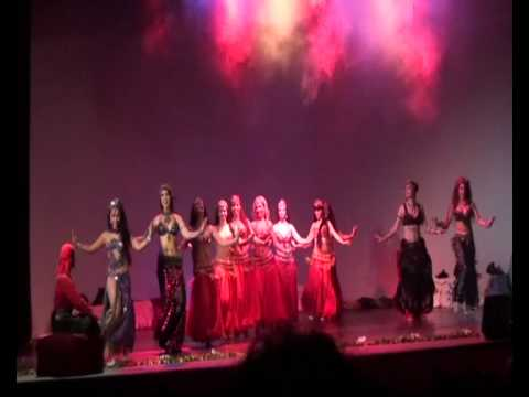 Bellidance evolution  presenta ' Immortal desires '. La danza orientale prima parte.