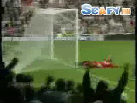 scafy - http://www.scafy.com ... Funny commercials ... Funny Soccer Accidents Soccer, Funny, Jokes, Accidents, Dance, Kaka.