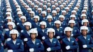 Niesamowita synchronizacja żołnierzy chińskiej armii.