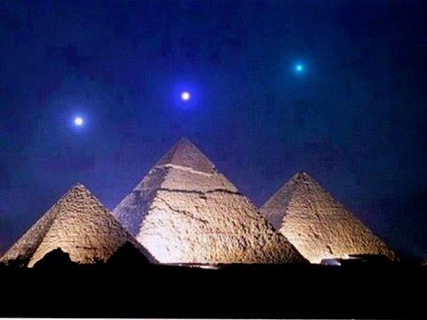 non sono stati gli egiziani a costruire le piramidi!!!