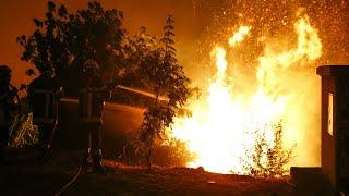 שריפת ענק בצרפת, אלפים פונו