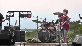Awesome Kid Band - Thunderstruck