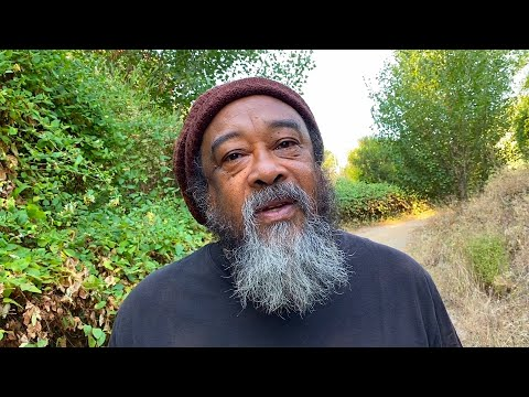Mooji Video: No Experience Can Limit You