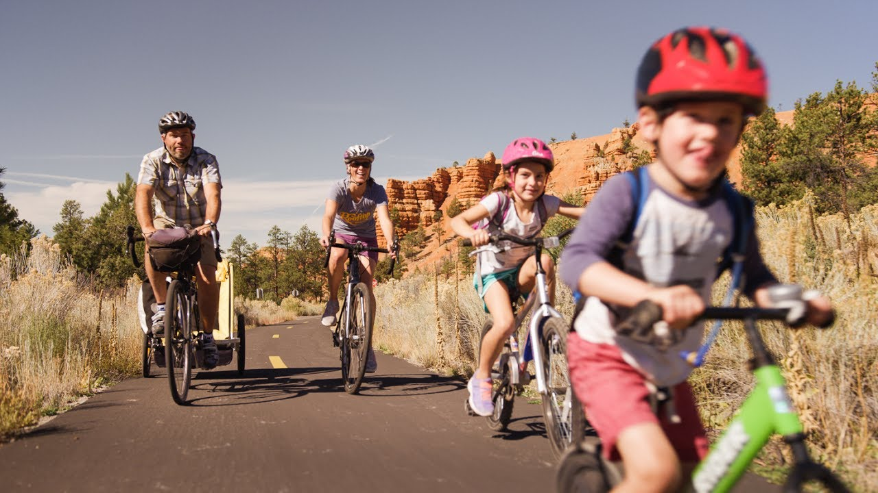 Utah at 15 mph: A Family Bicycle Tour of the Southwest