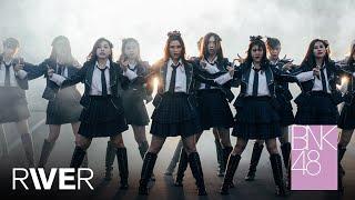 Video 【MV Full】RIVER / BNK48 MP3, 3GP, MP4, WEBM, AVI, FLV Oktober 2018