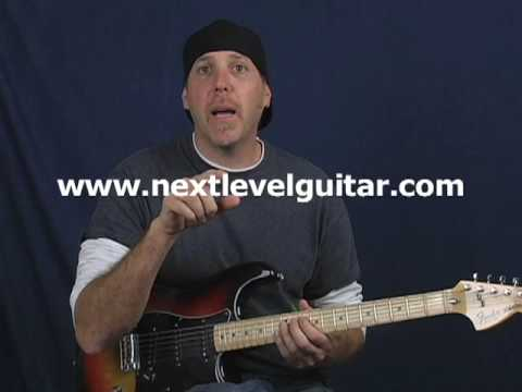 Anyone can learn to solo easy beginner blues lead guitar licks over chords FUN solo lesson part 1
