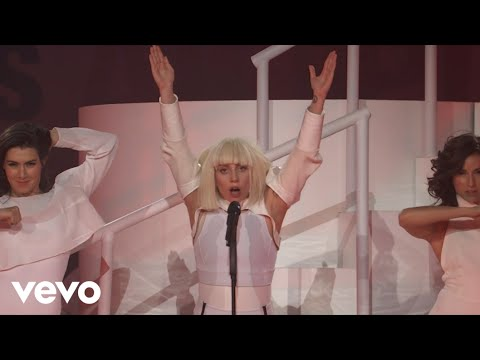 manicure - Buy Lady Gaga's 'ARTPOP' now on iTunes: http://smarturl.it/ARTPOPalbum Lady Gaga performing MANiCURE live at #VEVOartRave in Brooklyn, NY on Nov. 10, 2013. ©...