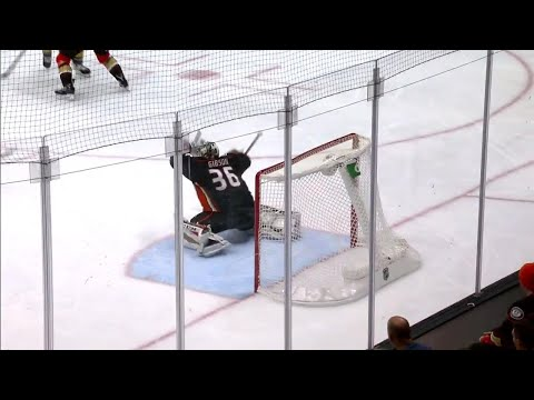 Video: Ducks' Gibson flashes the leather on Golden Knights' Tuch
