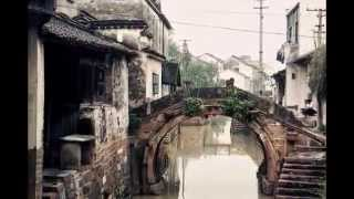 Huzhou China  city images : The old arch and flat stone bridges in Huzhou, China