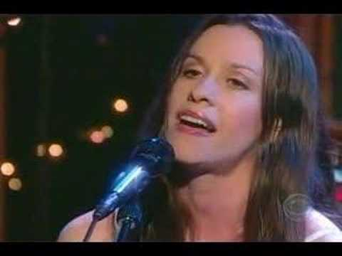 Tekst piosenki Alanis Morissette - Simple together po polsku