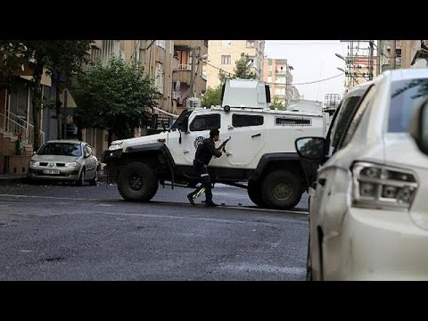 Τουρκία: Έφοδος της αστυνομίας σε σπίτια στο Ντιγιάρμπακιρ – Έξι νεκροί
