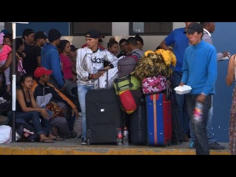 Venezolanos aceleran paso a Perú ante endurecimiento migratorio